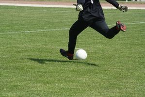 Como Glue o salto de um sapato de futebol